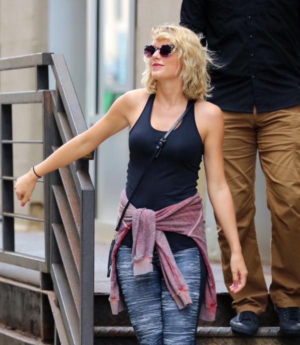 霉霉Taylor Swift全新街拍美图曝光