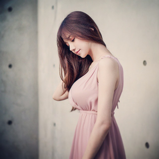 韩国巨乳女神李秀彬(Lee Soo Bin)写真图片3P