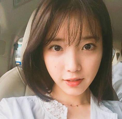 长发女孩剪成短发,IU李知恩
