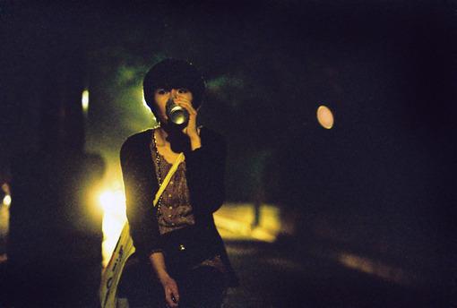 夏天的尾巴,深夜女生孤单图片