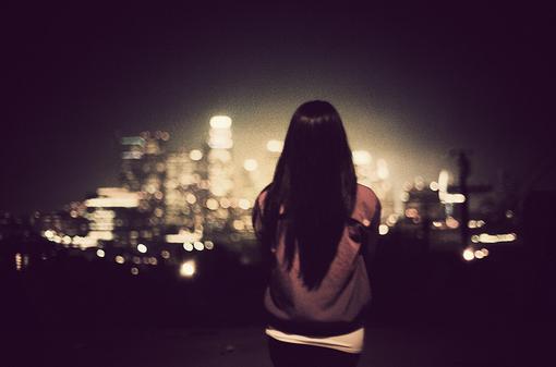 孤单是一个人的狂欢
