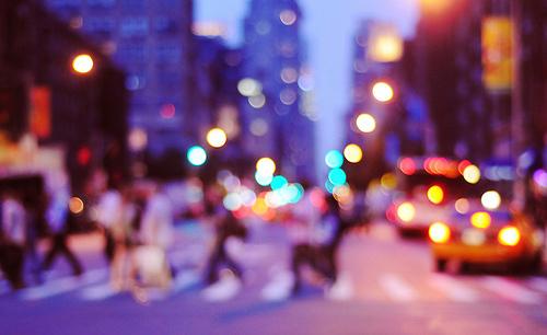 晚安城市光斑夜景图片