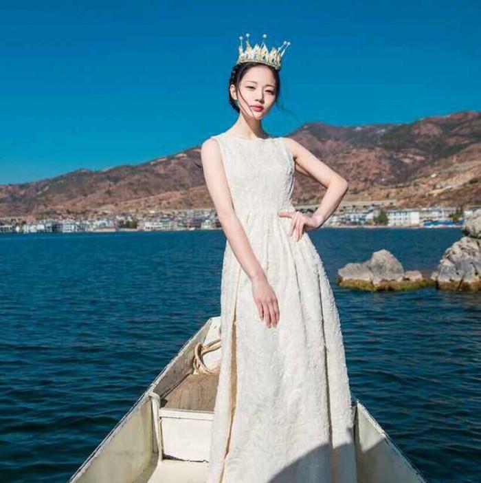 女生头像:我是女王