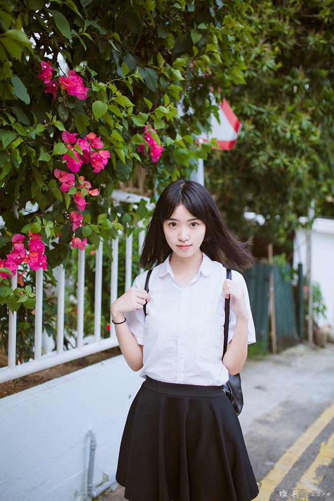 清纯校服女性写真