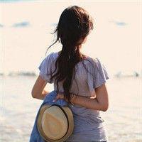 最新女生个性好看海边微信头像