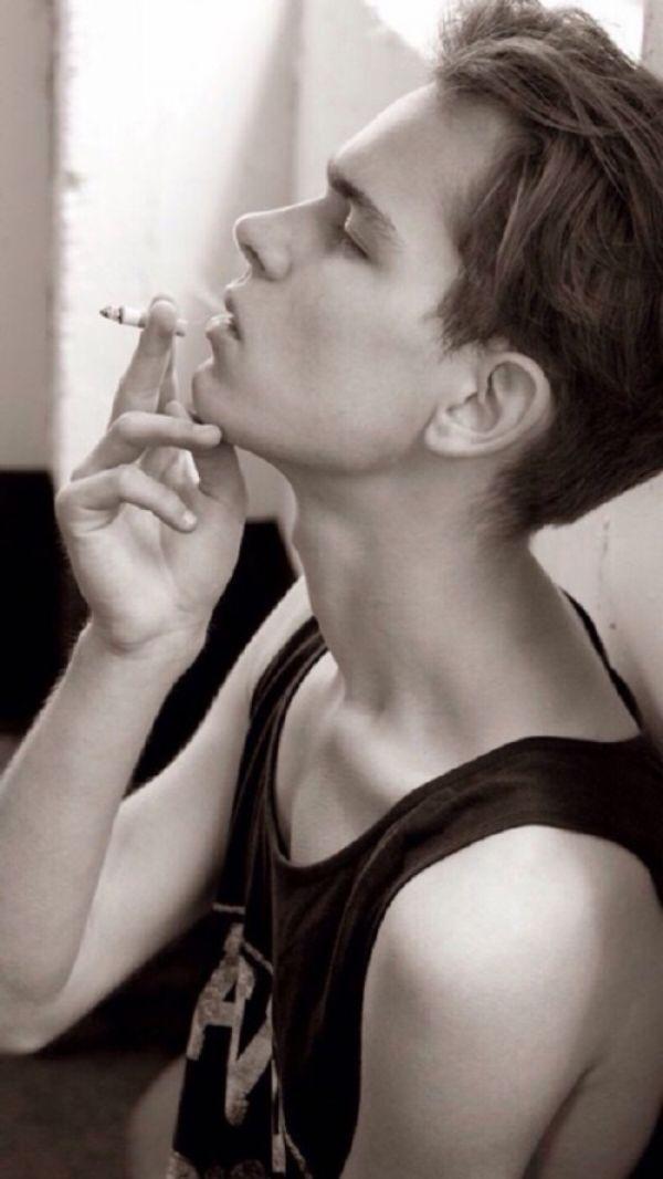 欧美帅气男生图片,人生不需要解释