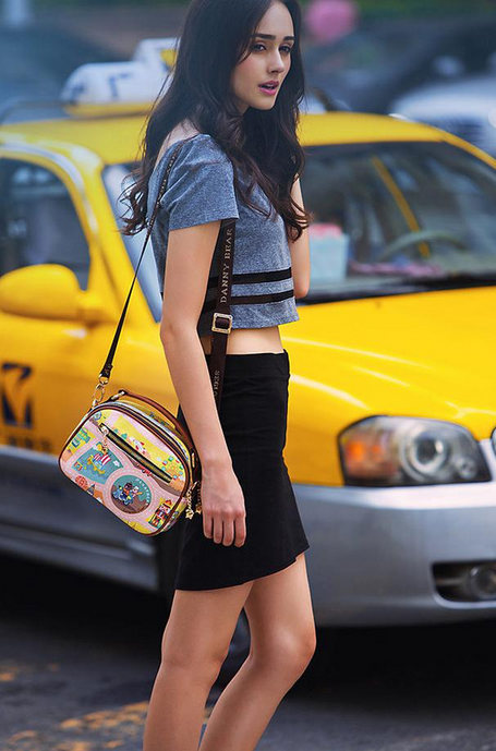 14岁巴西超美嫩模Dabora,两组照片美爆了全世界