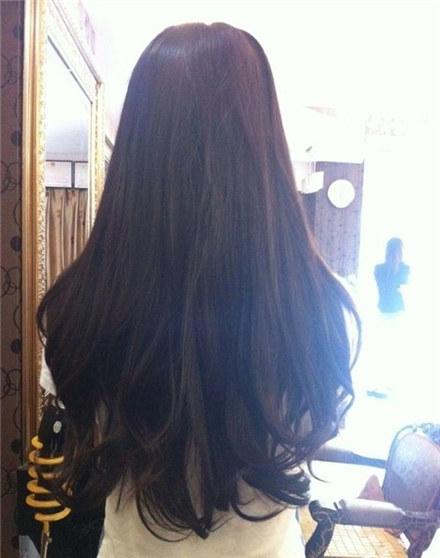 唯美的长发背影女生图片大全