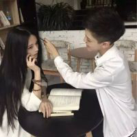 情侣头像白色系_白色衣服白色衬衫简单情侣头像