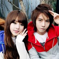 微信情侣头像一左一右_一张两人韩国系
