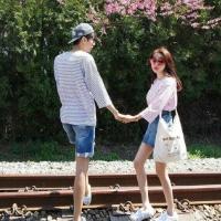 全身情侣头像一左一右 火车轨道清新浪漫情头