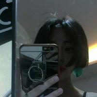 女生帅气短发头像 短发女生意境头像
