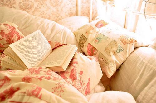 读书阅读可爱文艺图片