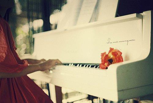 唯美钢琴图片大全