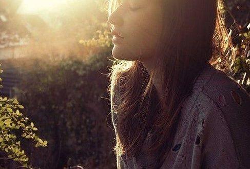 早安心语励志短句 最长的是磨难,最短的是人生