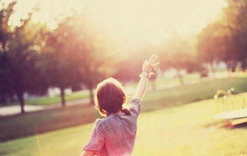 早安心语励志短句  成熟就是眼角挂着泪却还能微笑
