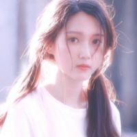 2017最唯美的小清新女生微信头像 喜欢一个网红有错吗