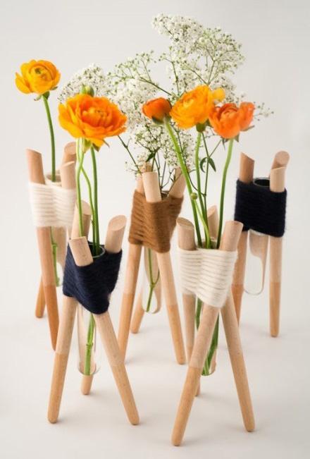 三根木棍一个试管和毛线手工编织器皿教程