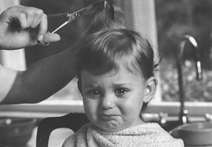 伤感流泪悲伤哭泣的黑白图片大全