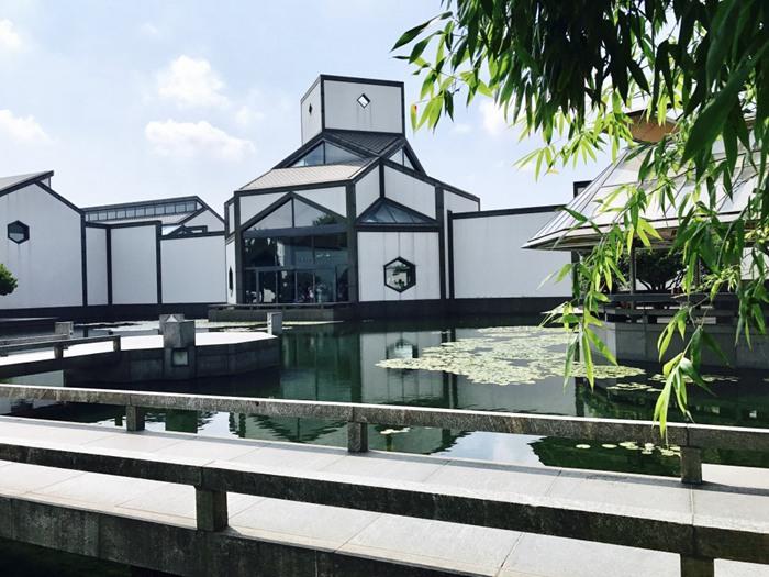 古风范十足的苏州博物馆建筑景观图片