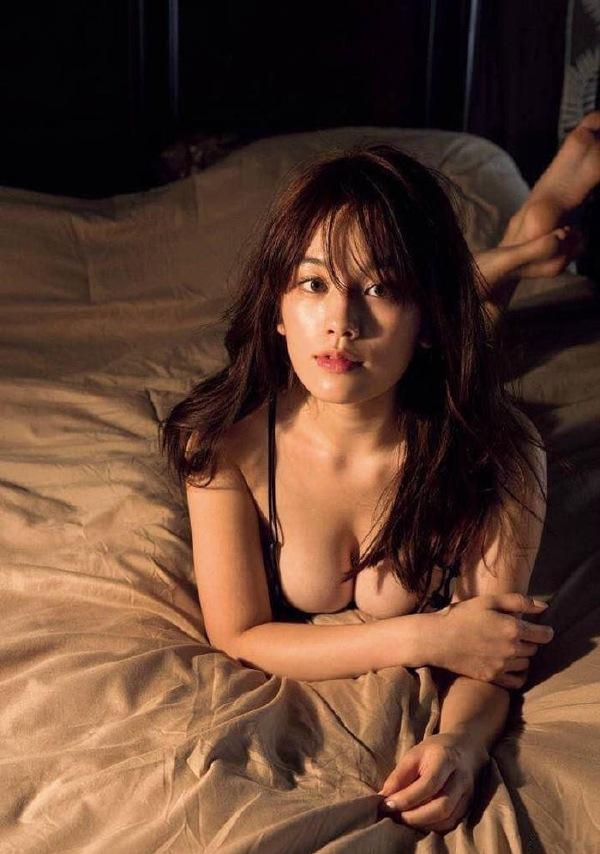 成熟性感知性美女写真图片