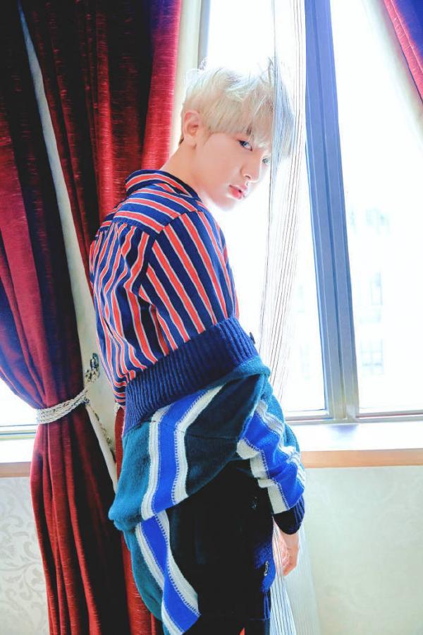 时尚霸气的EXO朴灿烈图片高清