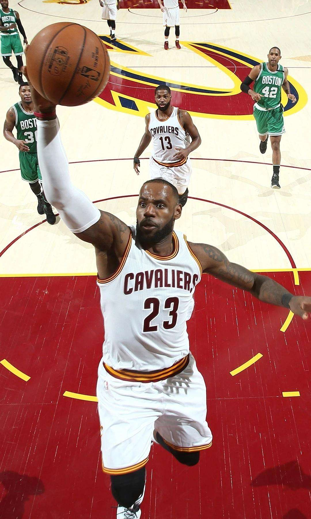 NBA勒布朗詹姆斯在骑士高清手机壁纸
