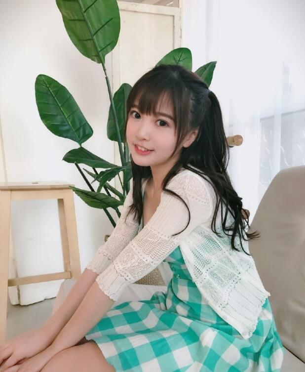 今日妹子图 20190126 湖北孝感美女校花