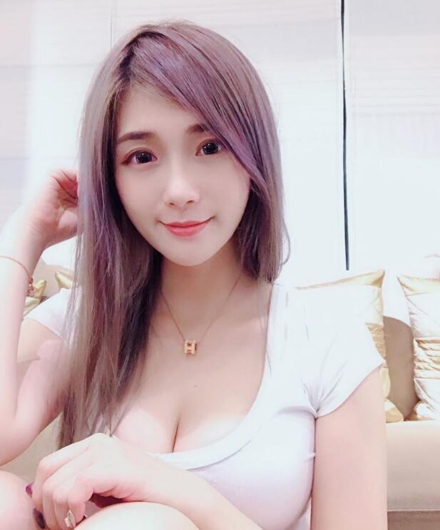 台湾网络红人谢薇安vivian个人资料,94年的辣妈一枚!