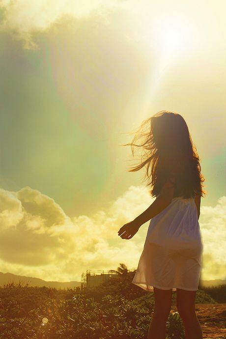 那些美好的记忆散落在风中_唯美意境的QQ空间素材