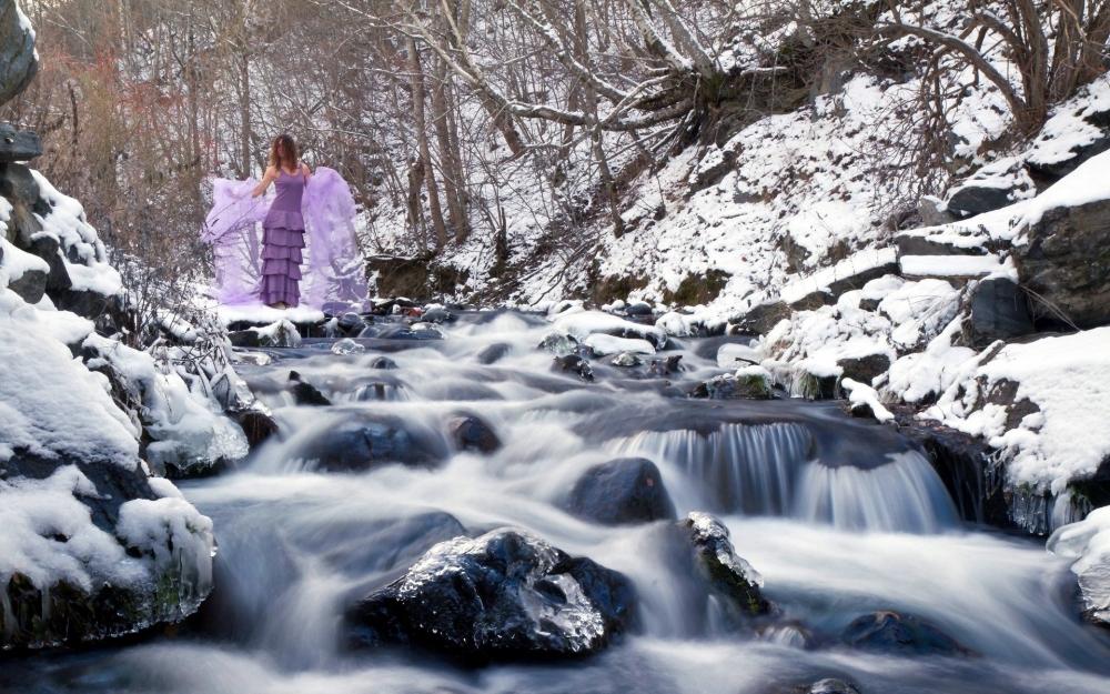 冰天雪地的自然景观雪瀑高清桌面壁纸
