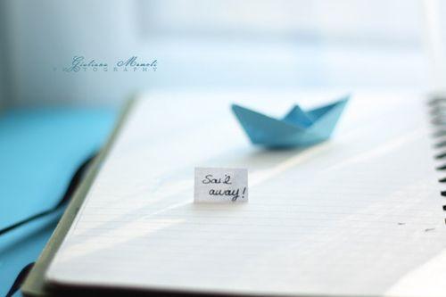 早安心语:生命太短,没时间留给遗憾。若不是终点,请微笑一直向前