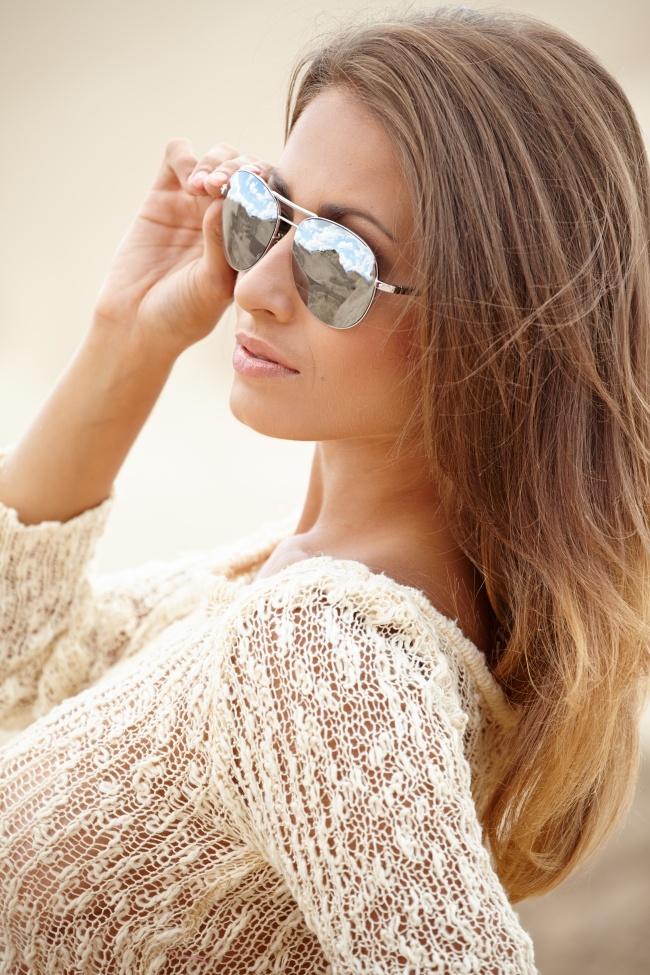 戴墨镜的金发美女图片,欧美sexy